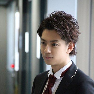 三浦翔平さんの髪型!おすすめはパーマショート♡